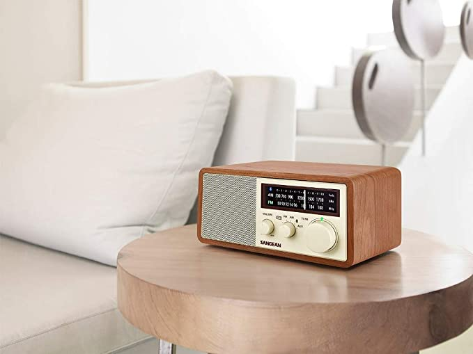 AM/FM Bluetooth Wooden Cabinet Radio