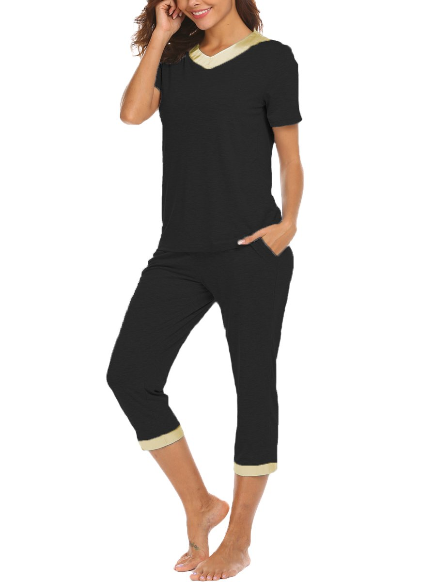 BLUETIME Womens Sleepwear Lightweight Summer Short Sleeve Capri Pajama PJ Set (S, Black)