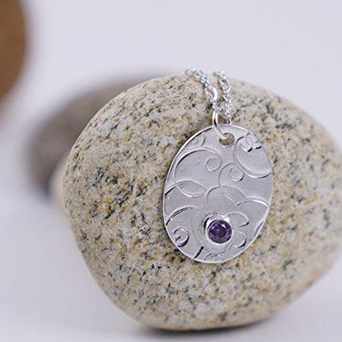 Collar de plata con dije ovalado de plata pura con real amatista pendiente con cristal de amatista montada en cadena de plata