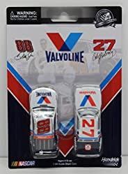 Cale Yarborough 1982 Valvoline & Dale Earnhardt Jr 2015 Valvoline 2 Pack 1:64 Nascar Die