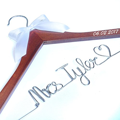 Personalized wedding Hanger, Wire Name bride Hanger, Wedding dress hanger, Bridal Hanger -