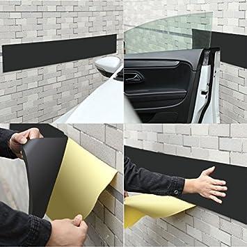 protection porte de voiture dans garage. Black Bedroom Furniture Sets. Home Design Ideas