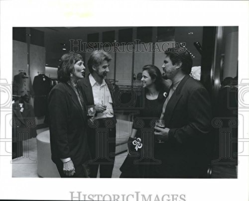1991 Press Photo Business People & Friends at Barneys Galleria Store, - Houston Galleria Stores