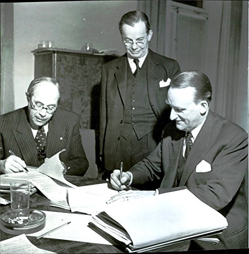 Vintage Photo Of Hagberg And Broden Sign Agreement For Stevedores Union After 52 Hours Of Negotiations