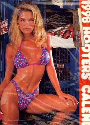 Hooters Restaurants 1998 Pin-Up Girls Calendar - Hooters Calendar