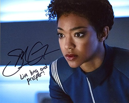 Sonequa Martin-Green STAR TREK DISCOVERY In Person Autographed (Green Autographed Photo)