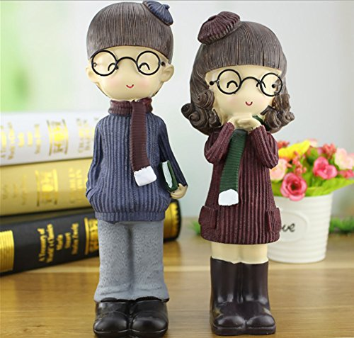 NEWNESS WORLD 2pc Creative Scarf Glasses Pattern Resin Ornament for Home Decoration/Office Decoration/Desk Decoration,best gift for couples/kids height 10inch (set of 2)