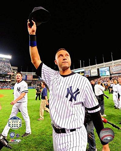Derek Jeter New York Yankee Stadium Final Game Photo (Size: 8