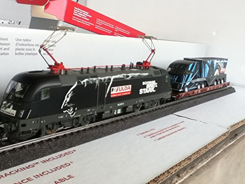 MARKLIN-HERPA FULDA COLLECTION HIGHTECH EMOTIONS DIGITAL TRAIN SET 26523 WITH TAURUS FULDA ELECTRIC LOCOMOTIVE 4 DEPRESSED FLAT CAR (8 AXELS) AND 4 HERPA FULDA SP. EDITION MAN TRUCKS. - Marklin Electric Trains