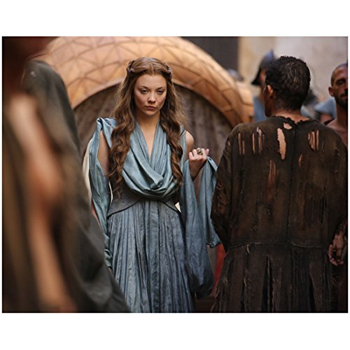 Margaery Tyrell in Flowing Blue Dress - 8x10 Photograph / Photo - Game of Thrones