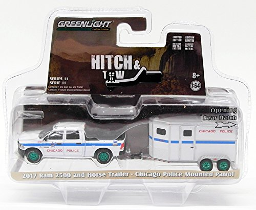 Greenlight 1:64 Hitch Tow 11 2017 Ram 2500 Horse Trailer - Chicago Police Patrol
