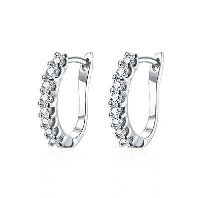978c37e443c1 RUBOBUC 14K Pequeño Diamante Cubic Zirconia Huggie Hoop Pendientes para  Mujeres Niñas hipoalergénicas CZ Studs  Amazon.es  Joyería