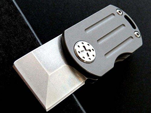 Eafengrow Mini Flipper Folding Camping Knife M390 Blade Titanium Alloy Handle Tactical Survival Pocket Knives Camping Hunting Key Tool