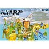 Fujimi Model Kit - US Navy Flight Deck Crew & Carrier Tractor - 1:72 Scale 35001