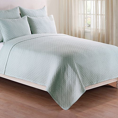 Basketweave Spa Full/Queen Quilt Set by C&F Home