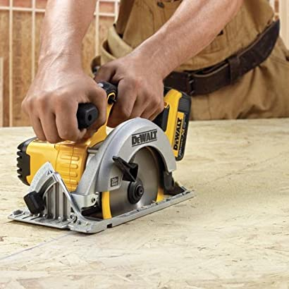DEWALT DCS391B Battery-Powered Circular Saw