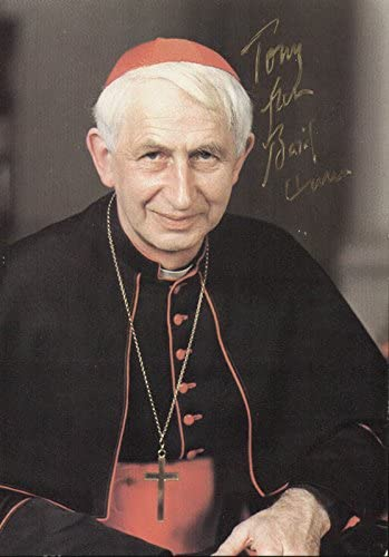 Amazon.com: George Basil Cardinal Hume - Inscribed Picture Postcard Signed: Entertainment Collectibles