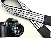 Arrow camera strap. Black and white DSLR / SLR Camera Strap with triangles and rings. code 00012