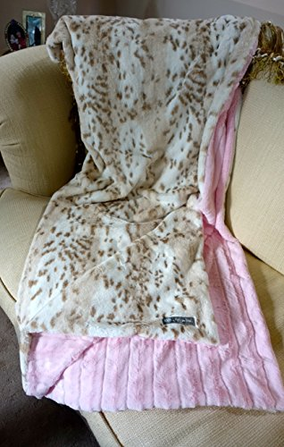 en Blanket Snow Leopard/Pink Minky Faux Fur Reversible Jr. Throw Blanket (Snow Leopard Bedding)
