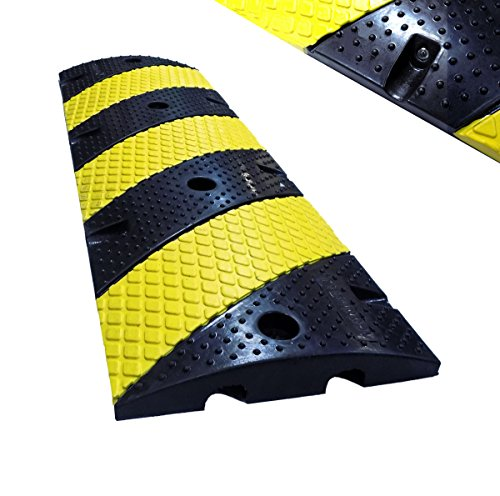 """Electriduct 2"""" Modular Rubber Traffic Speed Bump with Reflective Beads - Length: 3 Feet - Color: Black/Yellow"""