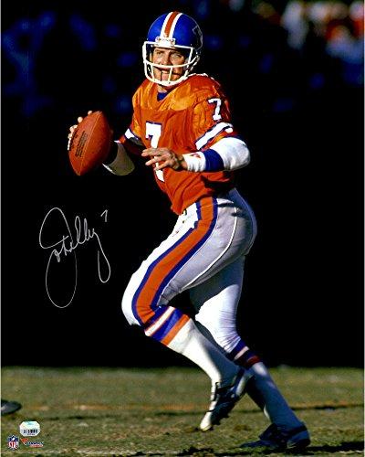 "John Elway Denver Broncos Autographed 16"" x 20"" Throwback Jersey Dropback Photograph - Fanatics Authentic Certified"