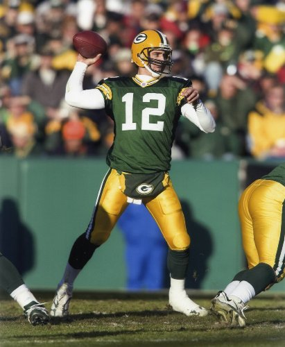 AARON RODGERS GREEN BAY PACKERS 8X10 SPORTS ACTION PHOTO (Aaron Rogers Green Bay Packers)