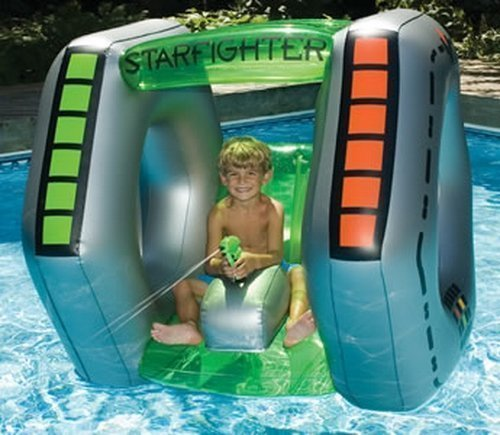 (Starfighter Super Squirter Swimming Pool Float Raft Toy)