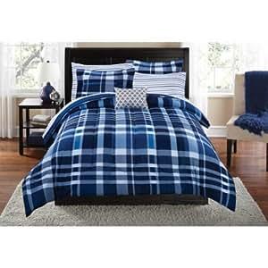 Amazon Com Mainstays Teen Cozy Soft Plaid Stripes Navy