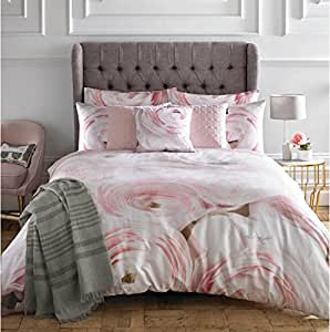 2 PIECE KARL LAGERFELD RANA ROSE PINK CREAM CANADIAN QUEEN SIZE (230CM X 220CM - UK KING SIZE) DUVET COMFORTER COVER2 PIECE KARL LAGERFELD RANA ROSE PINK CREAM USA QUEEN SIZE (230CM X 220CM - UK KING SIZE) DUVET COMFORTER COVER SET