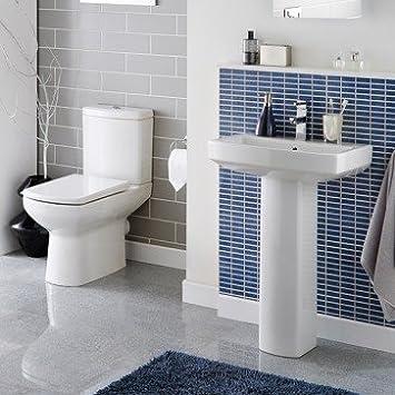 Aspekt stylischer Moderne Badezimmer Suite inklusive weiß Keramik ...