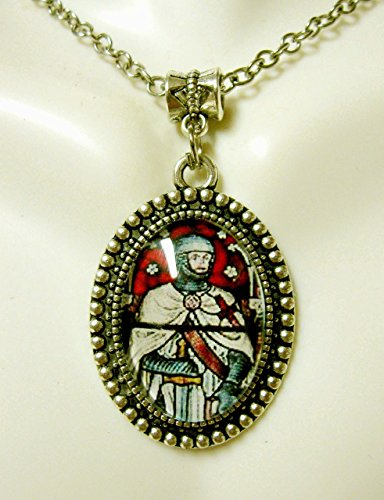 Knight Templar stained glass window pendant and chain - AP05-318 ()