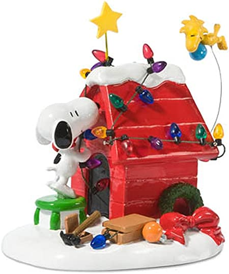 Department 56 Peanuts Christmas Cooking Canine Figurine 4043269
