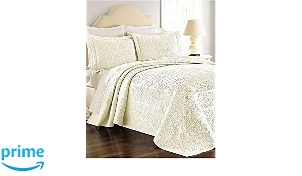 Amazon Com Martha Stewart Collection Bedspread Twin Size Flowering