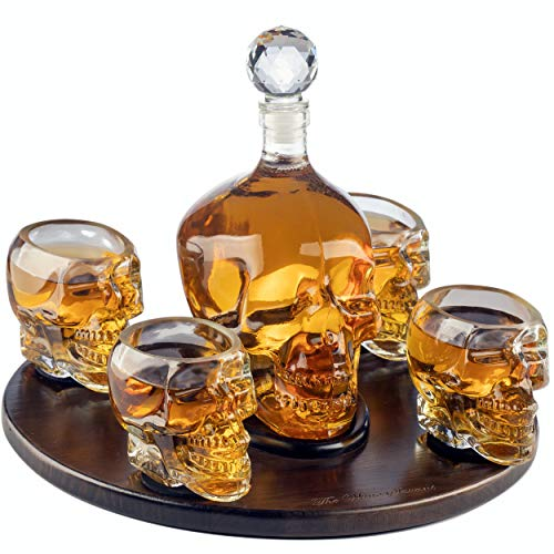 The Wine Savant Large Skull Face Decanter with 4 Skull Shot Glasses and Beautiful Wooden Base - By Use Skull Head Cup For A Whiskey, Scotch and Vodka Shot Glass, 25 Ounce Decanter 3 Ounces Shot Glass -