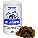 ? Glucosamine Chondroitin for Dogs - 250 Training Size Dog Treats - Daily Chewable Dog Glucosamine with Tumeric - MSM - Hip and Joint Soft Chews 250 ct -2 Month Supply - All Breeds and Sizes USA