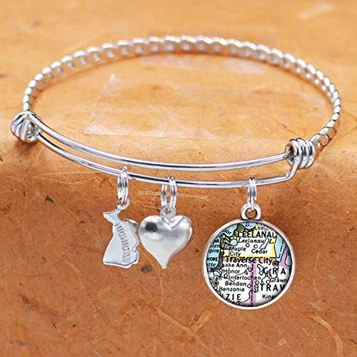 Amazon Com Michigan Map Bracelet Traverse City Mi Usa States Cities