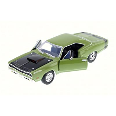 Motor Max 1969 Dodge Coronet Super Bee, Green 73315AC/GN - 1/24 Scale Diecast Model Toy Car: Toys & Games