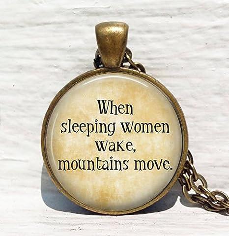 Feministas, cuando dormir mujeres de encendido, montañas Move. feministas joyería, colgante collar: Amazon.es: Juguetes y juegos