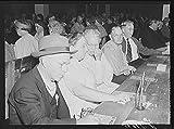 1941 Photo Guests of Sarasota trailer park, Sarasota, Florida, enjoying a few games of ''bingo'' Location: Florida, Sarasota, Sarasota County