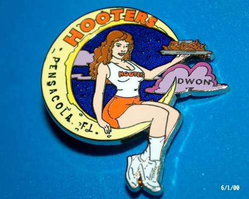Hooters Restaurant Collectable Enamel Hooters Dwon in the Moon Pensacola FL Flordia Lapel Pin -