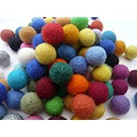 Heidifeathers Handmade Felt Balls - Choose Size and Mix (2cm Mixed)