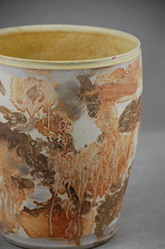 vase-large-round-in-yellow-with-exterior-abstract-clay-painting