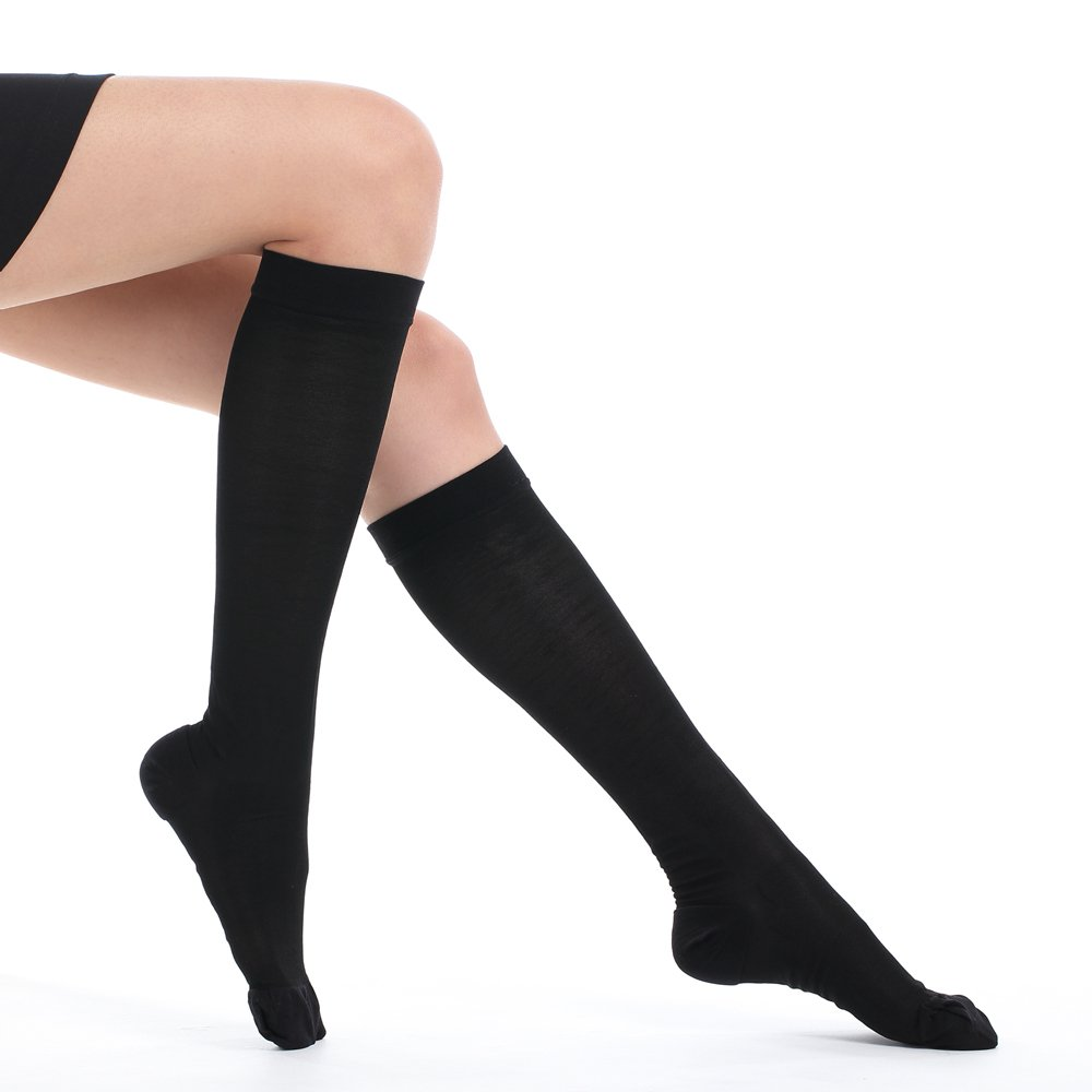 Fytto 1007 Women's Compression Socks, 15-20mmHg Sheer Knee High Hosiery - Professional Support for Travel, Varicose Veins & Pregnancy, Black, Classic, Small
