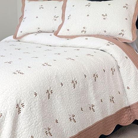 Lavish Home 3-Piece Peyton Embroidered Quilt Set King 66-10014-K