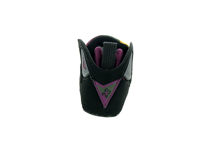 online retailer f973c ff971 Amazon.com   Jordan Nike Toddlers 7 Retro Gift Pack Black Brdx Lt Grpht Mdnght  Fg Basketball Shoe 2 Infants US   Running