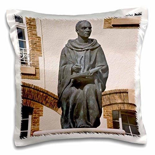 danita-delimont-statues-courtyard-statue-reims-champagne-marne-france-eu09-pka0321-per-karlsson-16x1