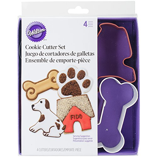 Dog Shaped Cookie Cutters (Wilton Metal Cookie Cutter Set, Pet Theme, 4-Pack)