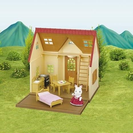 SYLVANIAN FAMILIES 2777 - Casita de Juguete con jardín: Amazon.es: Juguetes y juegos