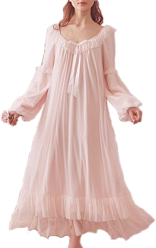 Vintage pink cotton nightie with long sleeve and collar