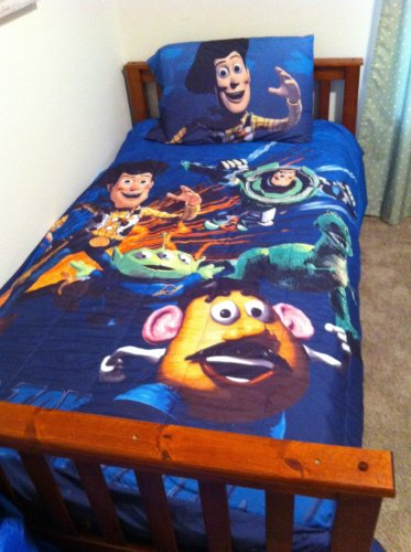 Disney Pixar Toy Story Bedding Set for Twin-Sized Bed